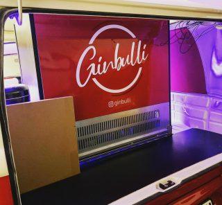 Der Innenausbau geht auch heute weiter... #fürdenbullinurdasbeste #barbulli #bar #cocktails #cocktailbus #gin #ginbulli #party #event #hochzeit #mietmich #unterwegs #einzigartig #highlights #musik #bulli #t2