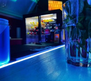 #led #geburtstag #barbulli #feiern #drinks #bulliliebe #mieten #cocktailbar #oldtimer #bullilove #unterwegs #rent #dachauf #losgehts